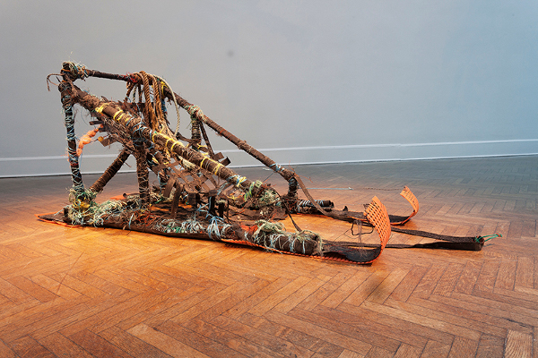 Mia Feuer sculpture
