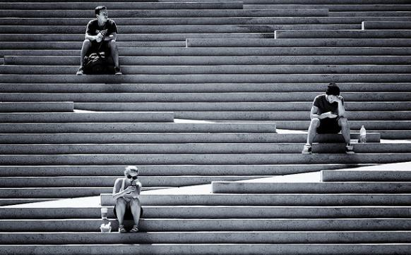 582px version of Lunch on the stairs