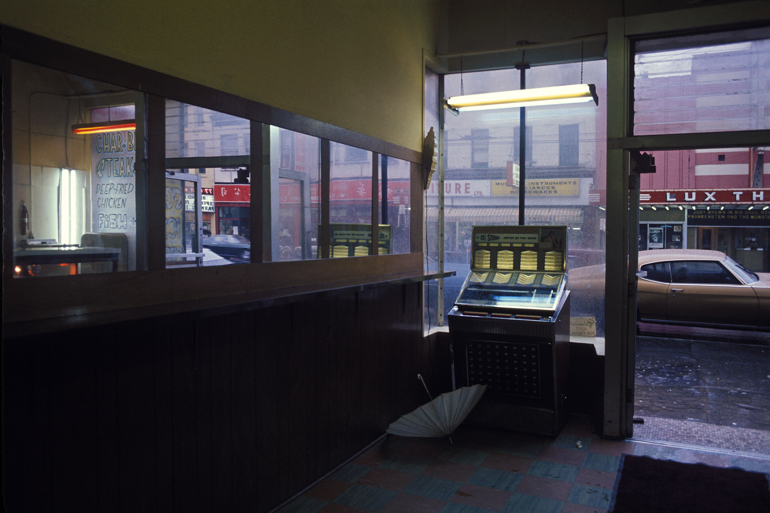 1200px version of 'Juke Box' by Greg Girard
