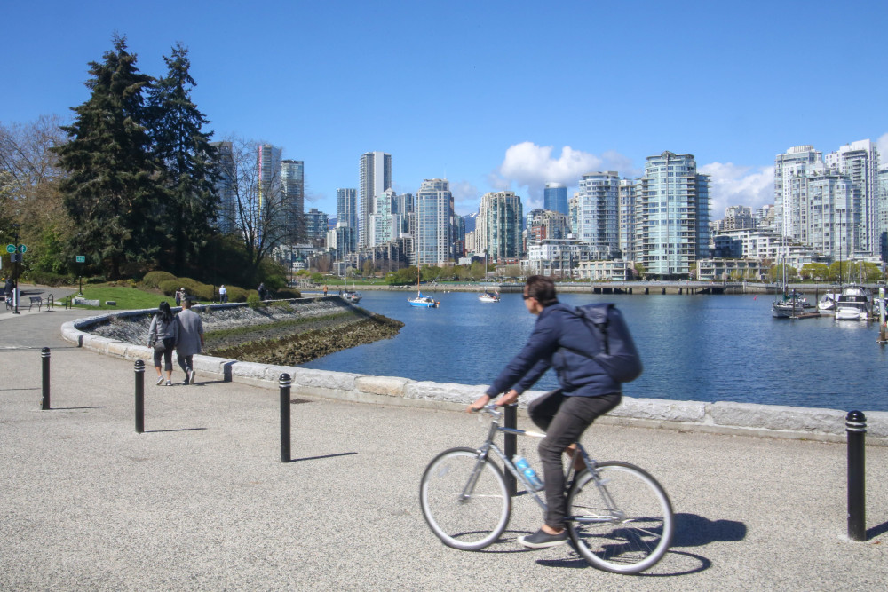 851px version of VancouverSeawallBike.jpg
