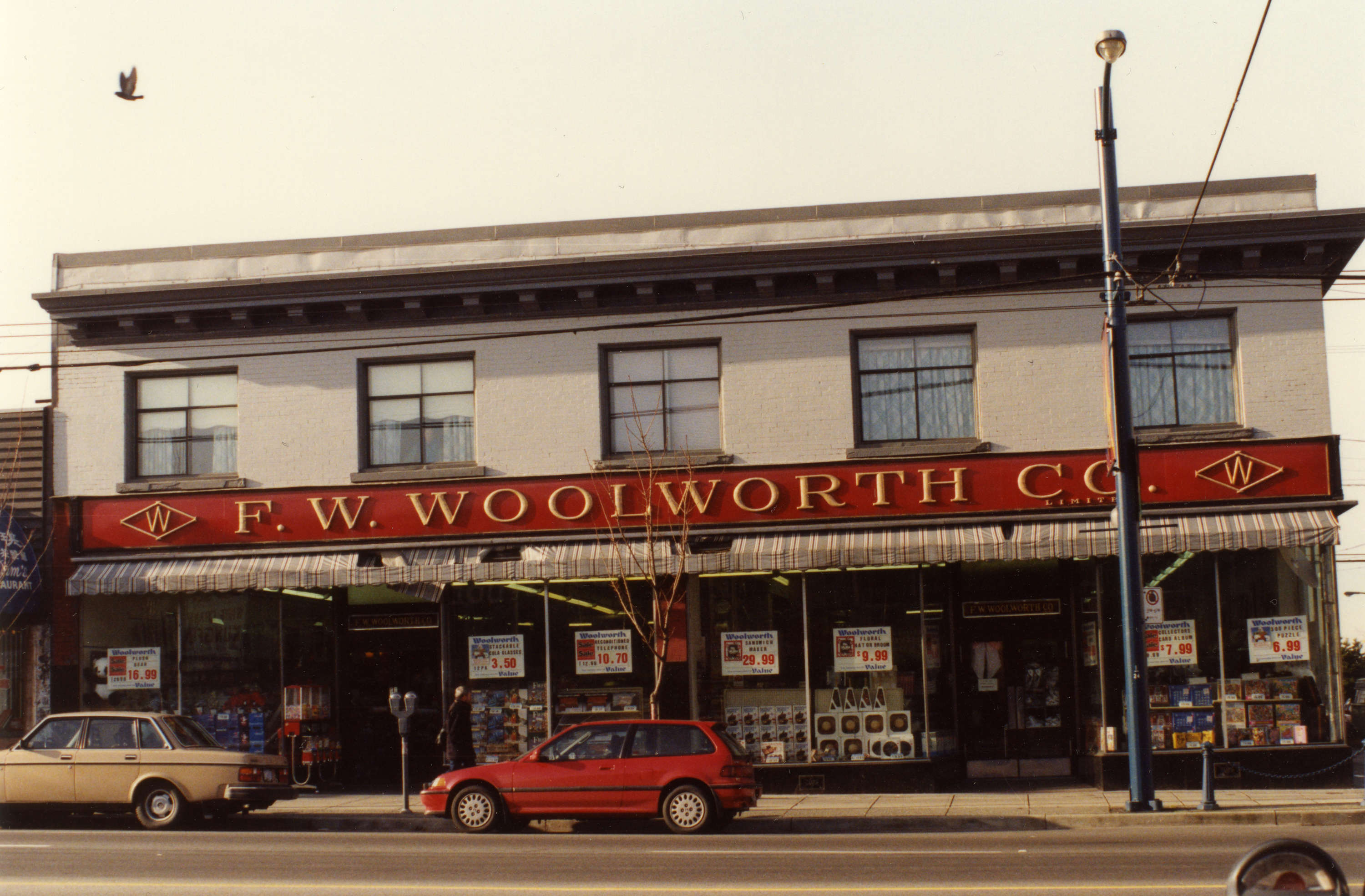 851px version of MountPleasant-1992-Woolworth.jpg