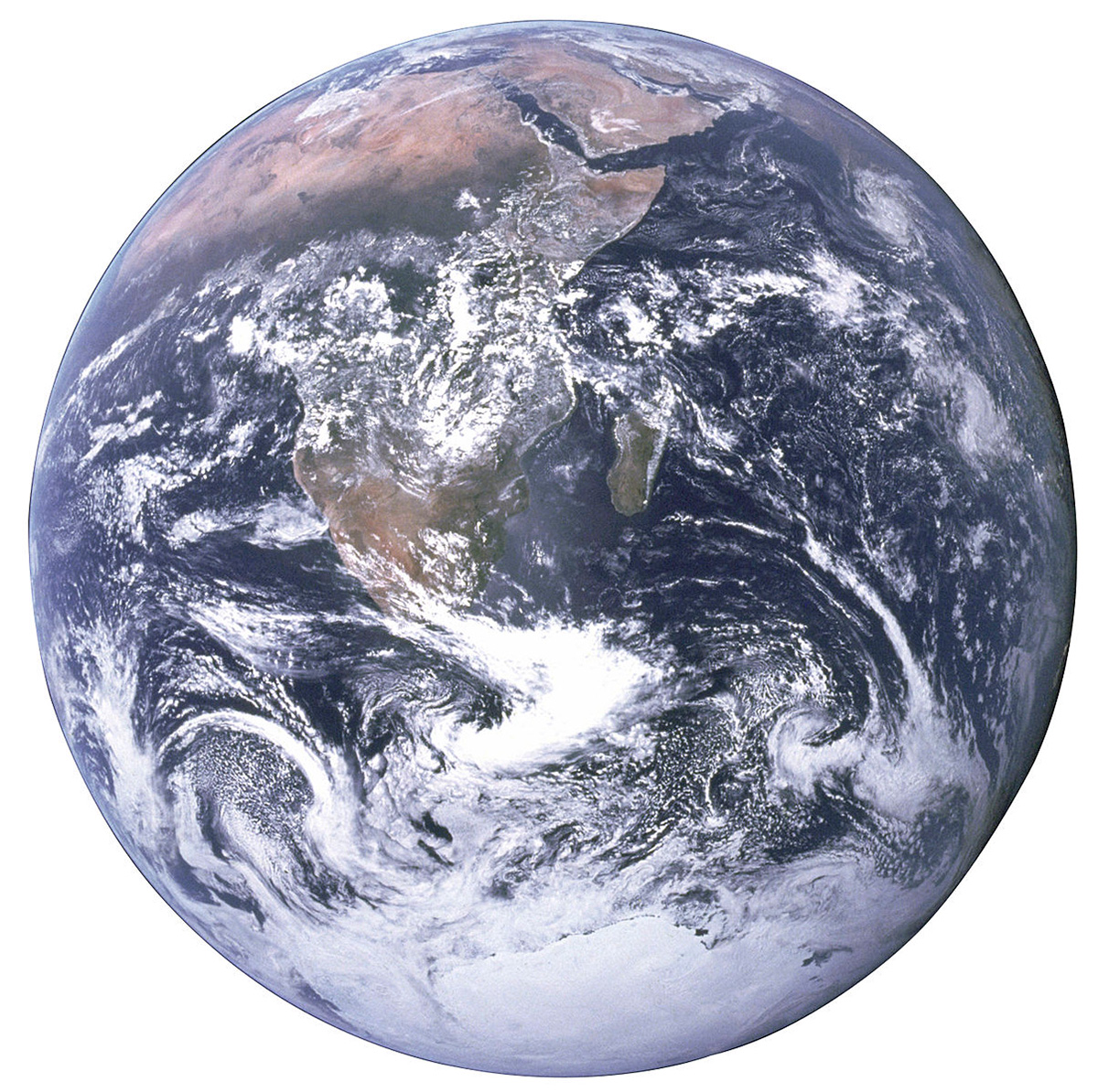 EarthSpaceApollo17.jpg