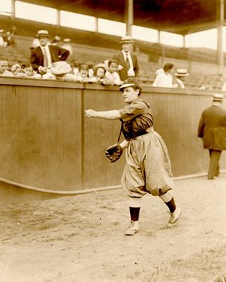 1930s female baseball player