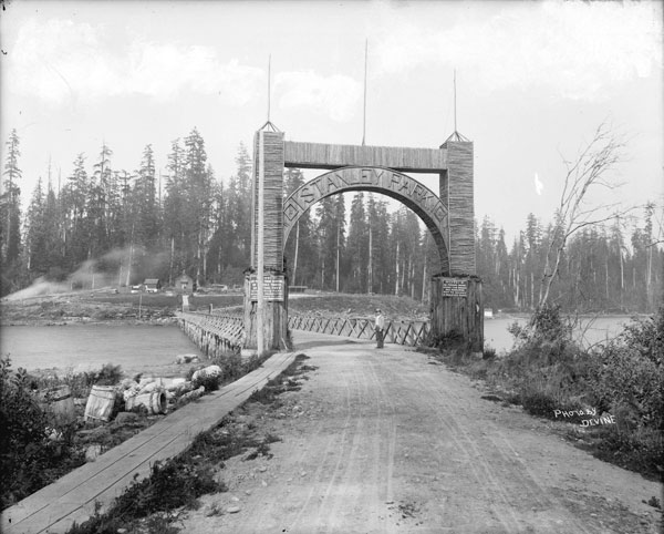 Old entrance to Stanley Park