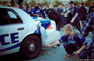 Stanley Cup Riot picture