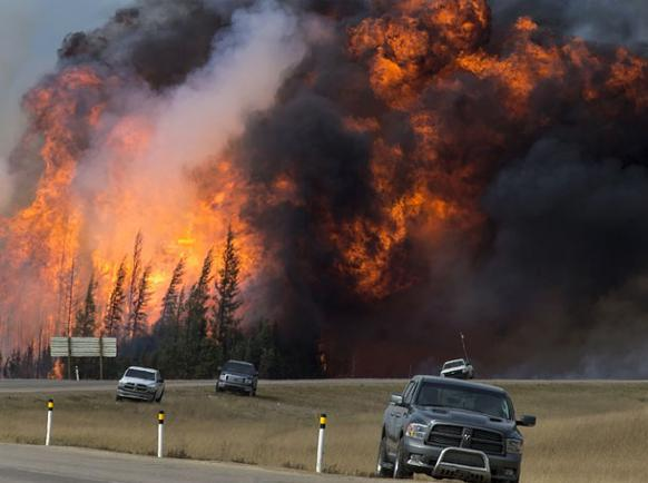 582px version of Fort-Mac-Car-Fires.jpg