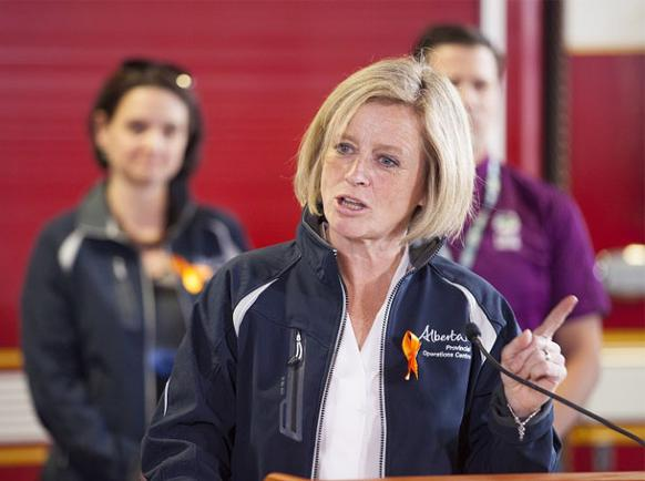 582px version of Notley-Finger.jpg