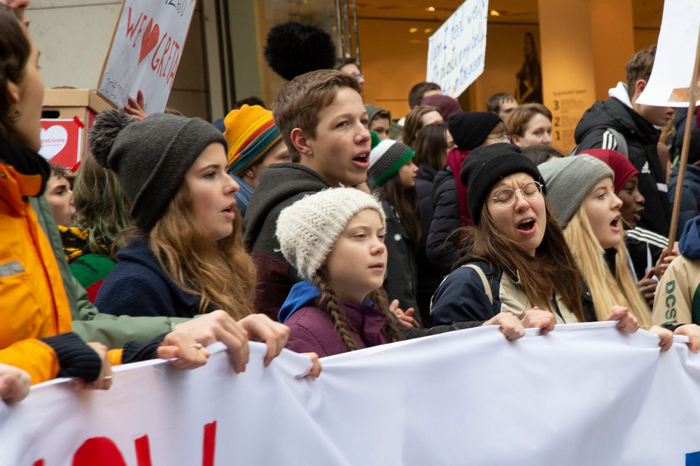 Canadian youth take calls from drastic climate action to the streets today