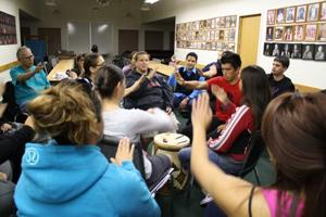 Class learning Squamish language