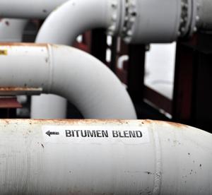Bitumen pipeline label