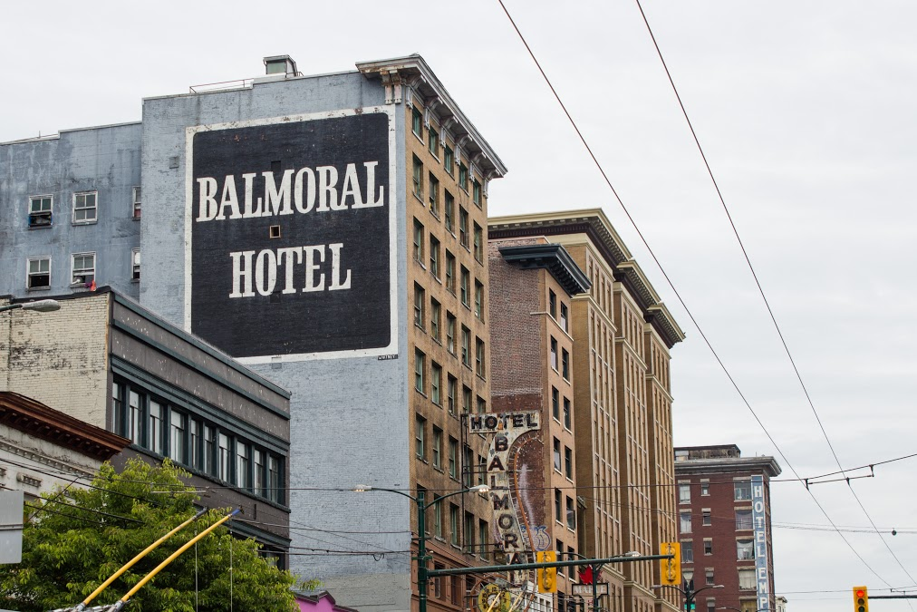 851px version of Balmoral Hotel