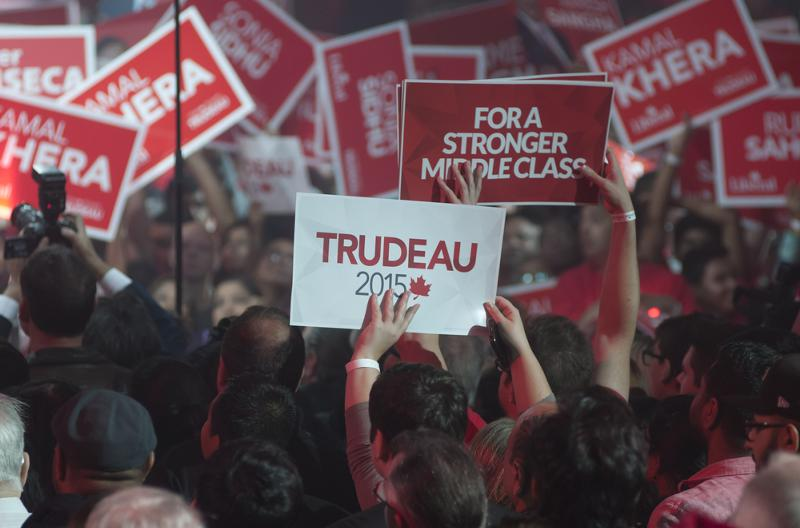 front thumb __for Trudeau2015Crowd.jpg