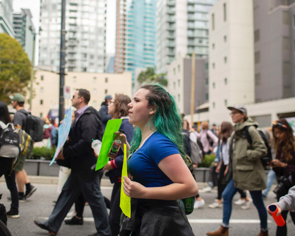 960px version of ClimateStrikeVancouverMarching.jpg