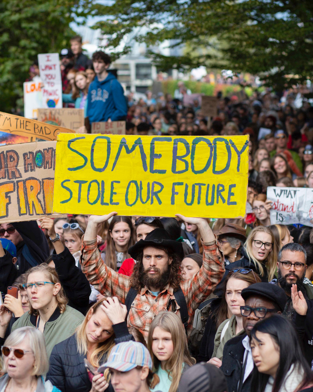 960px version of ClimateStrikeVancouverSomebodyStoleOurFuture.jpg