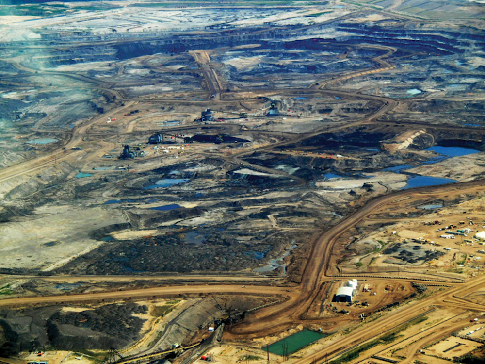 851px version of view-tar-sands-alberta.jpg