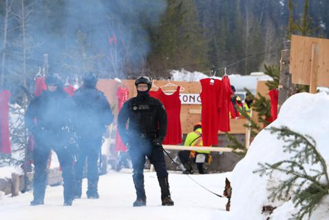 RCMP Handling of Wet'suwet'en Protests Mirrors Complaints in New Brunswick