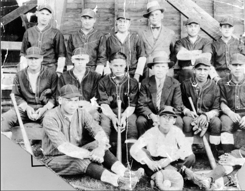 851px version of 1929-Squamish-Nation-team.jpg
