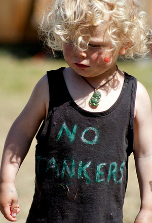 Kid with 'No Tankers' shirt