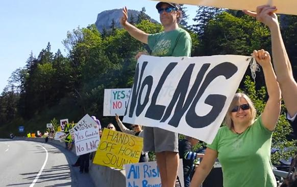 582px version of NoLNGProtesters_610px.jpg