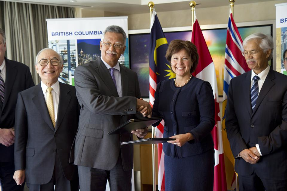960px version of Premier Christy Clark and Petronas CEO in Malaysia
