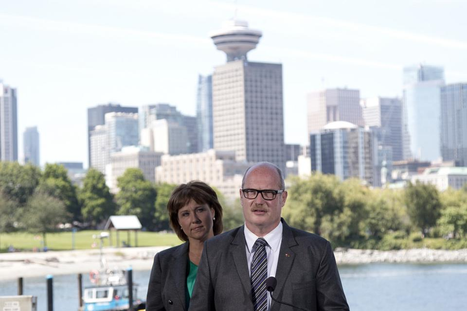 960px version of Christy Clark and Mike de Jong
