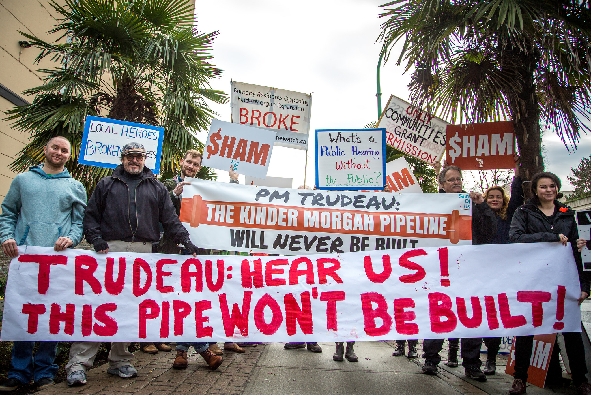 kindermorgan-pipeline.jpg