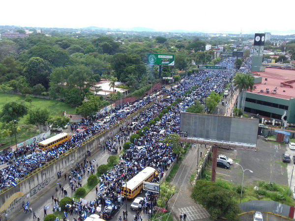 582px version of nicaragua-march.jpg