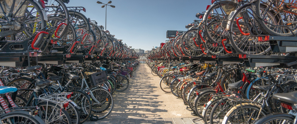 851px version of AmsterdamBikeStorage.jpg