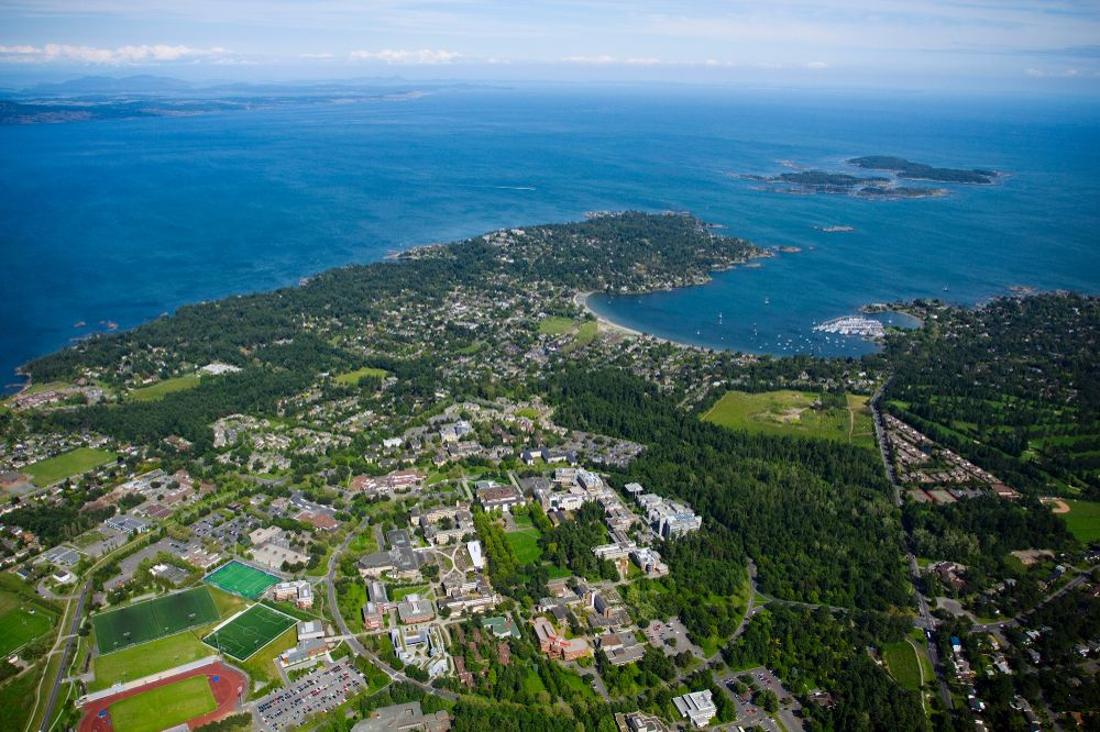 851px version of UVicAerial.jpg